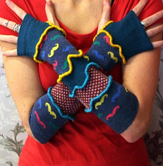 Moustache Arm Warmers